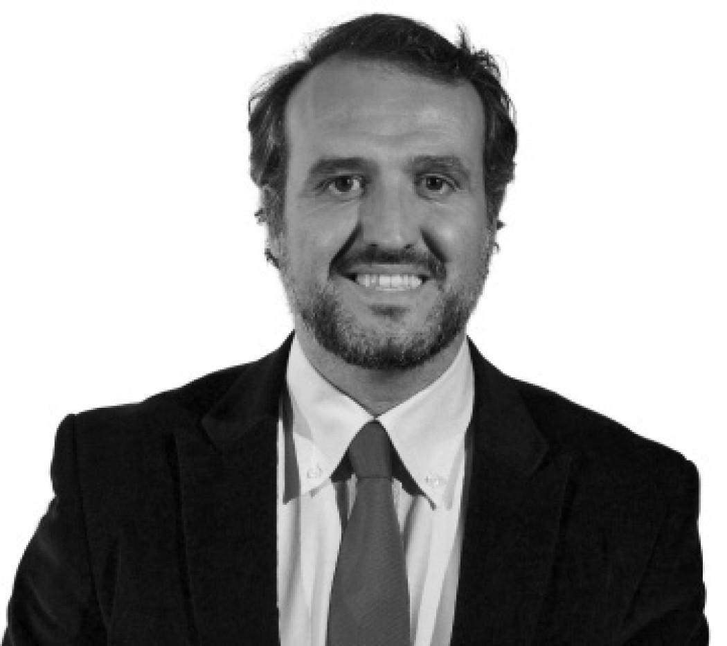 Caso Automoción: estrategias comerciales de éxito de Marcas Premium vs Generalistas.